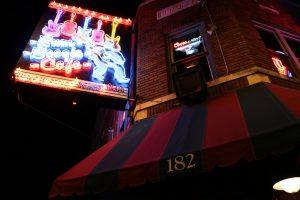 Jeden z wielu barów przy Beale St, Memphis