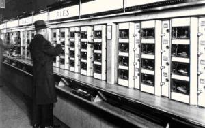 Historia fast food w USA: automaty z jedzeniem