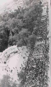 Demonstracja studentów na kilka dni przed sokonaniem masakry