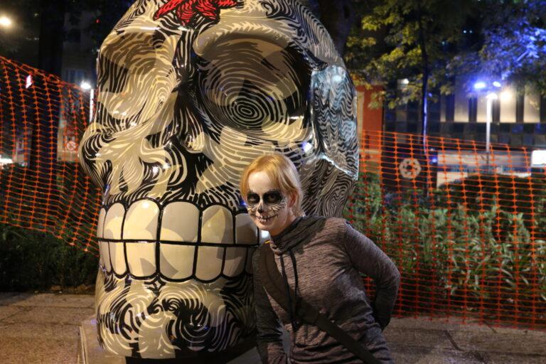 Czaska na ulicy - Dia de Muertos Mexico City