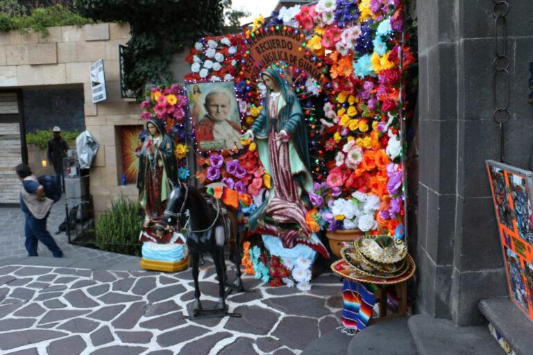ołtarz Guadalupe Jan Paweł II Mexico City atrakcje