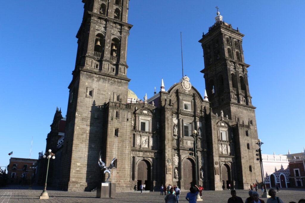 Puebla - katedra - warto zobaczyć