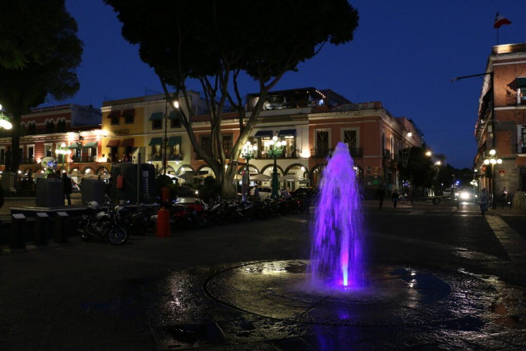 Atrakcje w Puebla - fontanna w centrum miasta