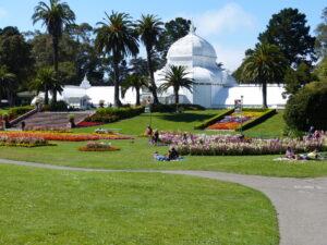 Konserwatorium kwiatów w San Francisco - jedna z atrakcji Golden Gate Park
