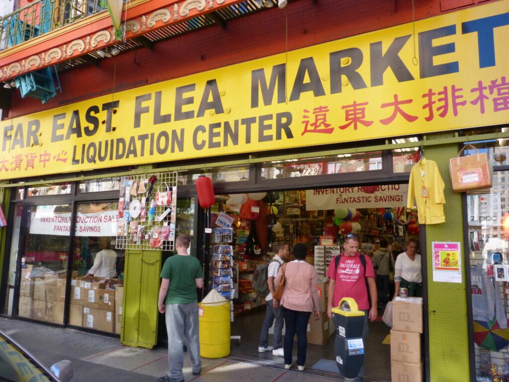 Flea merket w Chinatown