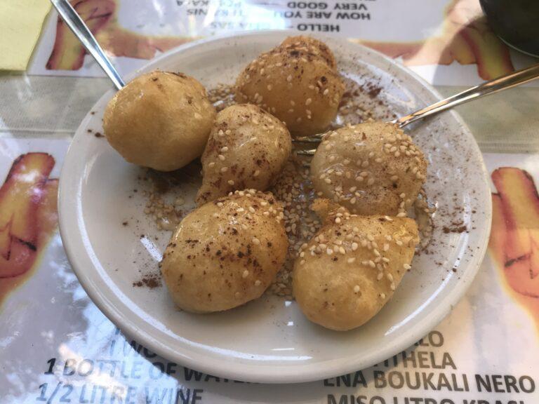 Pączki w miodzie, Kreta